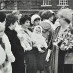 Queen Mum visits 1973 LMA_4314_07_023_0014